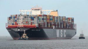 Les contenairs maritime sur un bateau